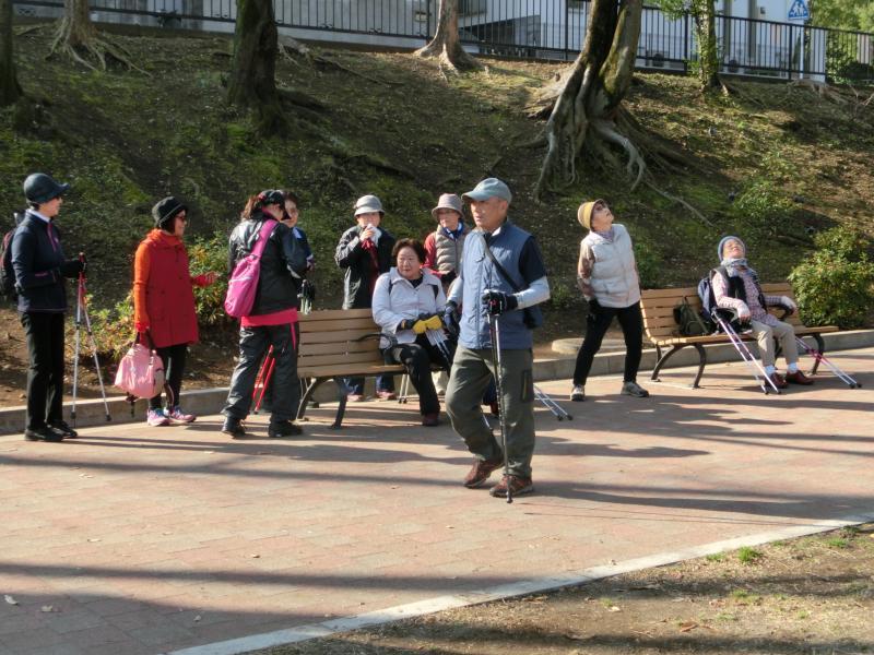 ピクニック広場でうさぎさん、かめさんコース全員集合