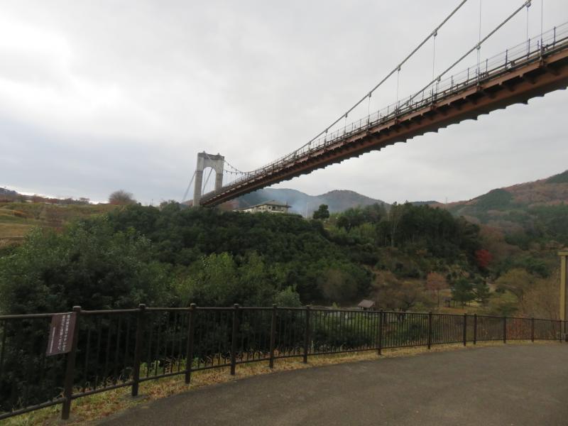 長さ約270mの風のつり橋