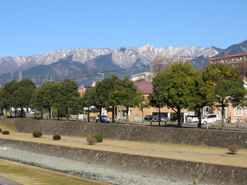 丹沢塔が岳も雪化粧