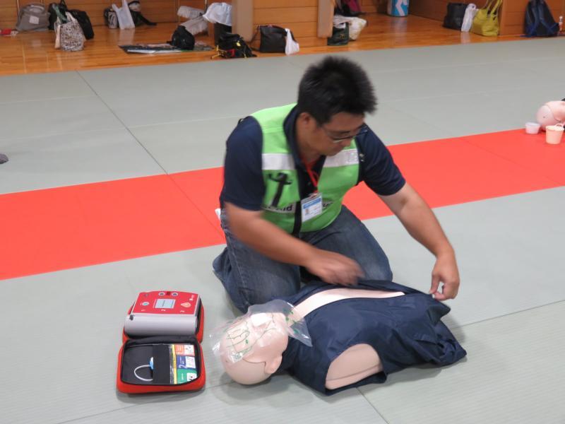 AEDの準備(かきくけこをチェック)
