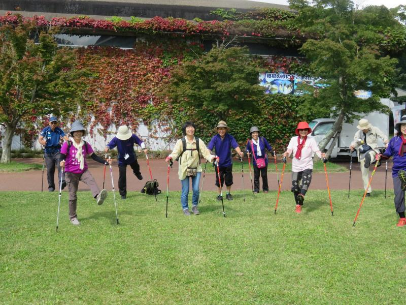 箱根園で出発前のウォーミングアップ