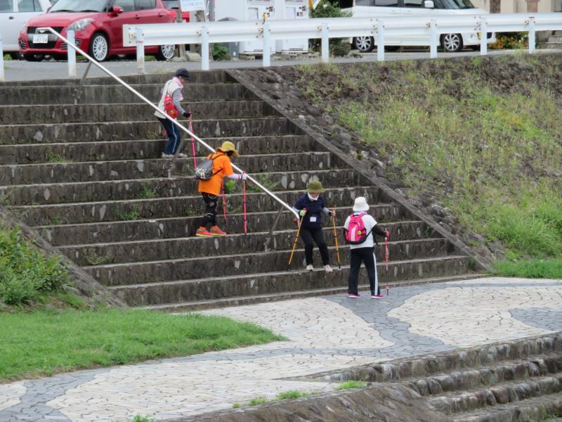 高さがある階段は大変