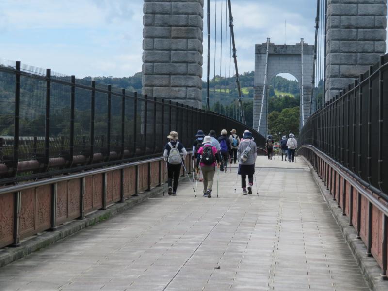 吊り橋を渡ればゴール