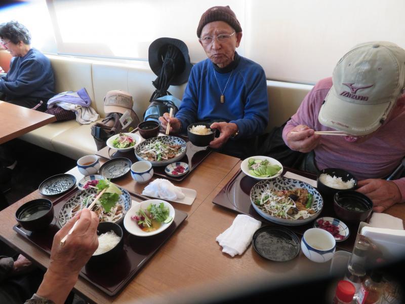 海老名でランチ(本日の定食550円)