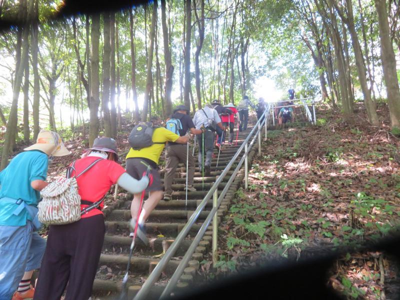 どこまでも続く階段