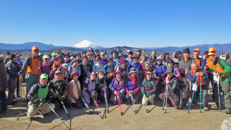 吾妻山展望台で一班