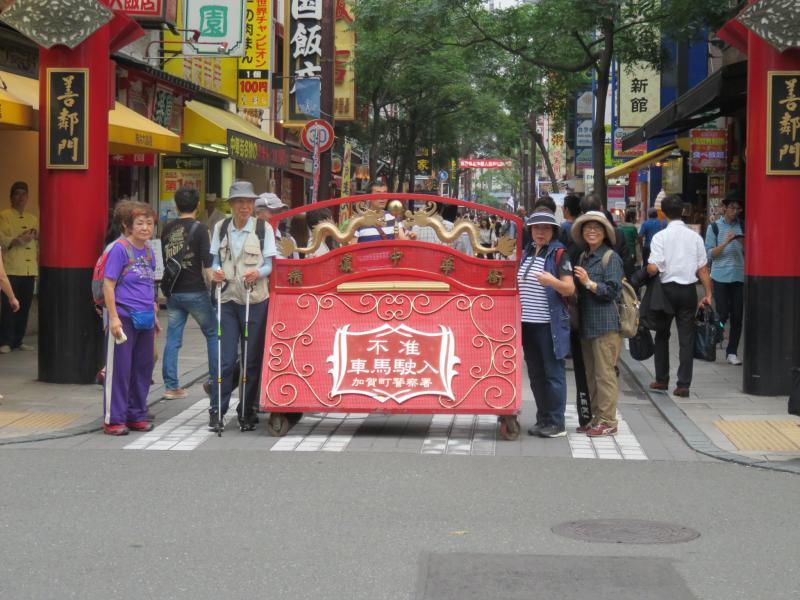 中華街(人が多く沿って撮れません)