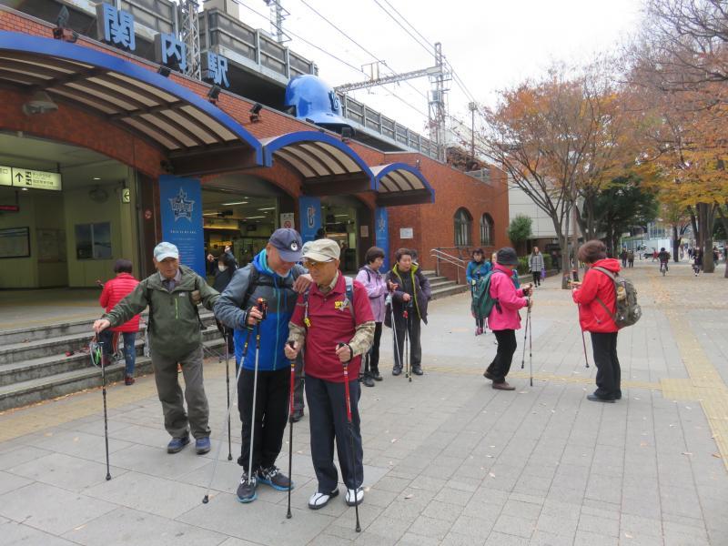 JR関内駅に着きました