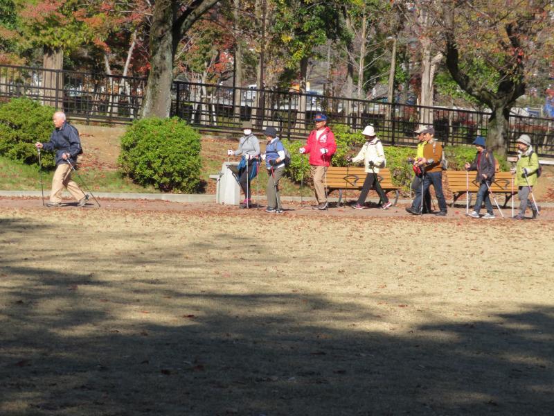 ピクニック広場に到着