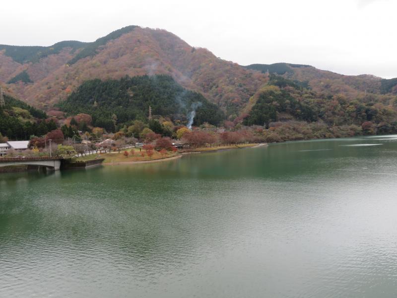 丹沢湖空は曇りです