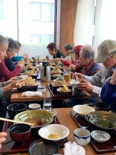 新宿御苑の食事は海老名でした
