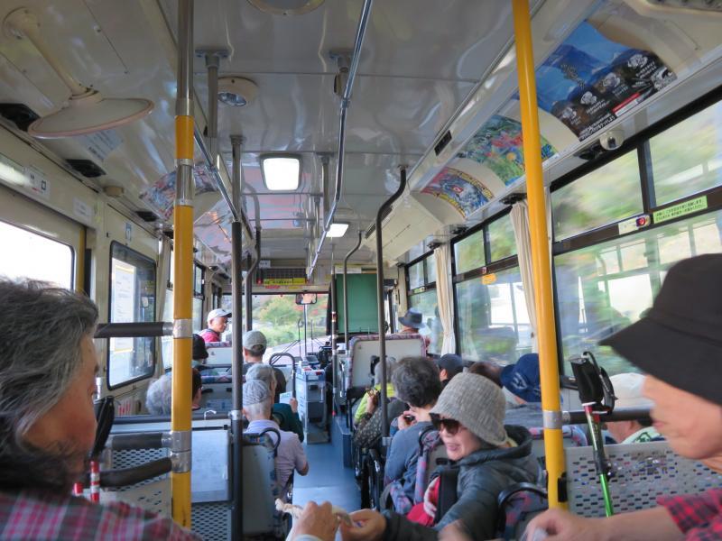 楽しいバスのなか